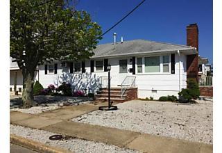 Photo of 400 Coral Gables Drive Lavallette, NJ 08735