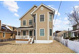 Photo of 108 Surf Drive South Seaside Park, NJ 08752