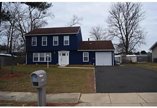 Photo of 952 Brightwood Drive Toms River, NJ 08753