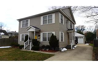Photo of 77 Poplar Avenue Hazlet, NJ 07734
