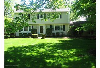 Photo of 17 Sweet Briar Lane Holmdel, NJ 07733
