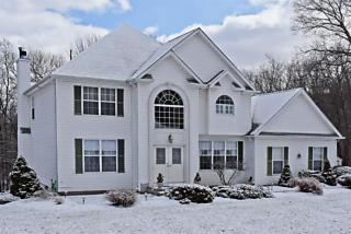Photo of 13 Butternut Way Sparta, NJ 07871