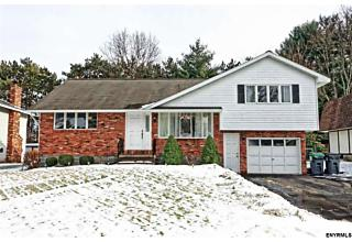 Photo of 1031 St Lucille Dr Rotterdam, NY 12306