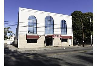 Photo of 819 West Side Ave Jersey City, NJ 07306