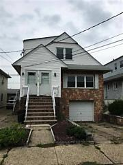 Photo of 77 Country Village Rd Jersey City, NJ 07305