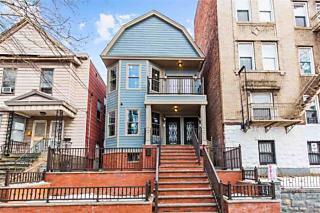 Photo of 32 Romaine Ave, Unit 1 Jersey City, NJ 07306