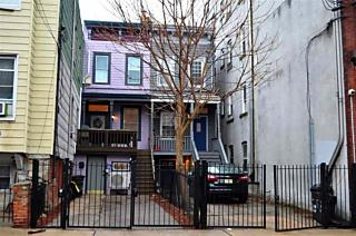 Photo of 512 1/2 Palisade Ave Jersey City, NJ 07307