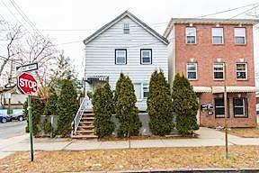 Photo of 79 Waverly St Jersey City, NJ 07306