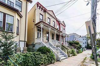 Photo of 138 Chestnut Ave Jersey City, NJ 07302