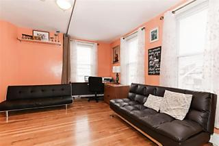Photo of 1058 Summit Ave, Unit 2 Jersey City, NJ 07307