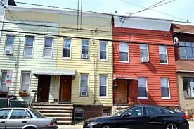 Photo of 133 Griffith St Jersey City, NJ 07307