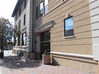 Photo of 39 Mineola Blvd Mineola, NY 11501