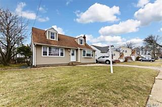 Photo of 764 Merrick Ave East Meadow, NY 11554