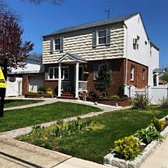 Photo of 2225 2nd St East Meadow, NY 11554