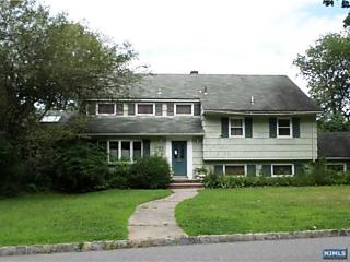 Photo of 138 West Lake Drive Wayne, NJ 07470