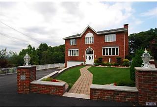 Photo of 3 Gray Terrace Woodland Park, NJ 07424