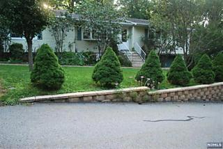 Photo of 12 Sycamore Road Bloomingdale, NJ 07403