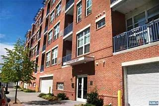 Photo of 3 Greenwich Drive, Unit #112 Jersey City, NJ 07305