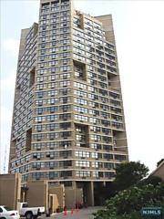 Photo of 7002 Boulevard East Guttenberg, NJ 07093