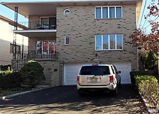 Photo of 538 Hillside Street, Unit #1s Ridgefield, NJ 07657