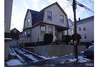 Photo of 17-19 Barnert Place Paterson, NJ 07522