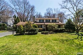 Photo of 388 Monroe Avenue Wyckoff, NJ 07481