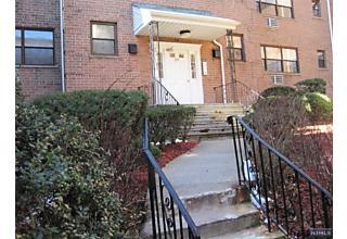 Photo of 214 Prospect Avenue, Unit 4b Hackensack, NJ 07601