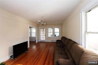 Photo of 423 Washington Terrace Leonia, NJ 07605