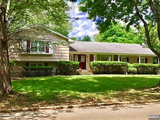 Photo of 21 Indian Valley Road Ramsey, NJ 07446