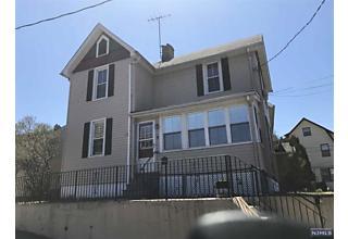 Photo of 11 Glenwood Avenue Bloomfield, NJ 07003