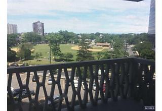 Photo of 2100 Linwood Avenue, Unit #6d Fort Lee, NJ 07024