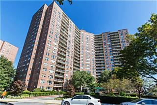 Photo of 5800 Arlington Avenue Bronx, NY 10471