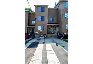 Photo of 4002 Victory Boulevard Staten Island, NY 10314