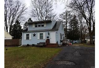 Photo of 122 Maple Manor Drive Clay, NY 13212
