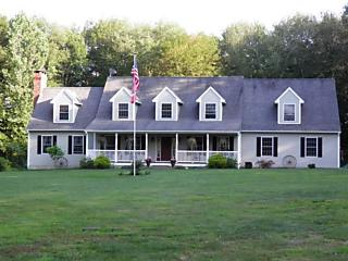 Photo of 31 Quinns Hill Rd Killingly, CT 06241