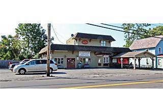 Photo of 325 Manlius Street Dewitt, NY 13057