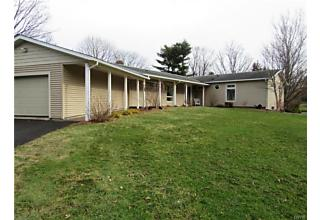 Photo of 4566 Whetstone Road Manlius, NY 13104