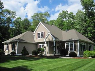 Photo of 22 Sheffield Drive Mansfield, CT 06268