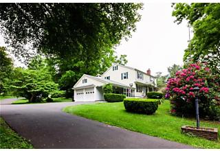 Photo of 635 Walnut Hill Road Thomaston, CT 06787