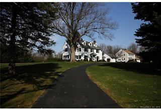 Photo of 11 Golf Road Wethersfield, CT 06109