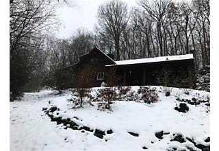 Photo of 117 Hanover Road Newtown, CT 06470