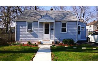 Photo of 104 Coolidge Street Hartford, CT 06106