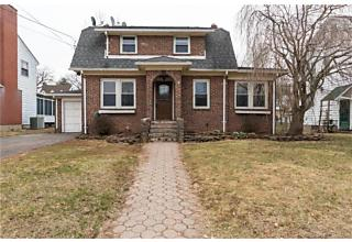 Photo of 240 Bradley Avenue Meriden, CT 06451