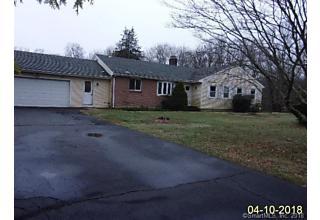 Photo of 39 Gould Lane Branford, CT 06405