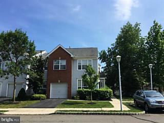 Photo of 1 Cambridge Court East Brunswick, NJ 08816