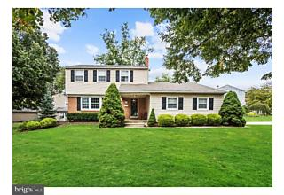 Photo of 214 Old Orchard Road Cherry Hill, NJ 08003