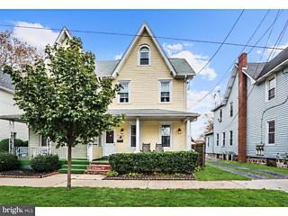 Photo of 515 Howard Street Riverton, NJ 08077