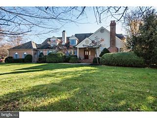 Photo of 420 Windrow Clusters Drive Moorestown, NJ 08057
