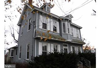Photo of 206 E Broad Street Paulsboro, NJ 08066