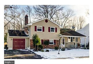 Photo of 316 Ivy Drive Woodbury Heights, NJ 08097